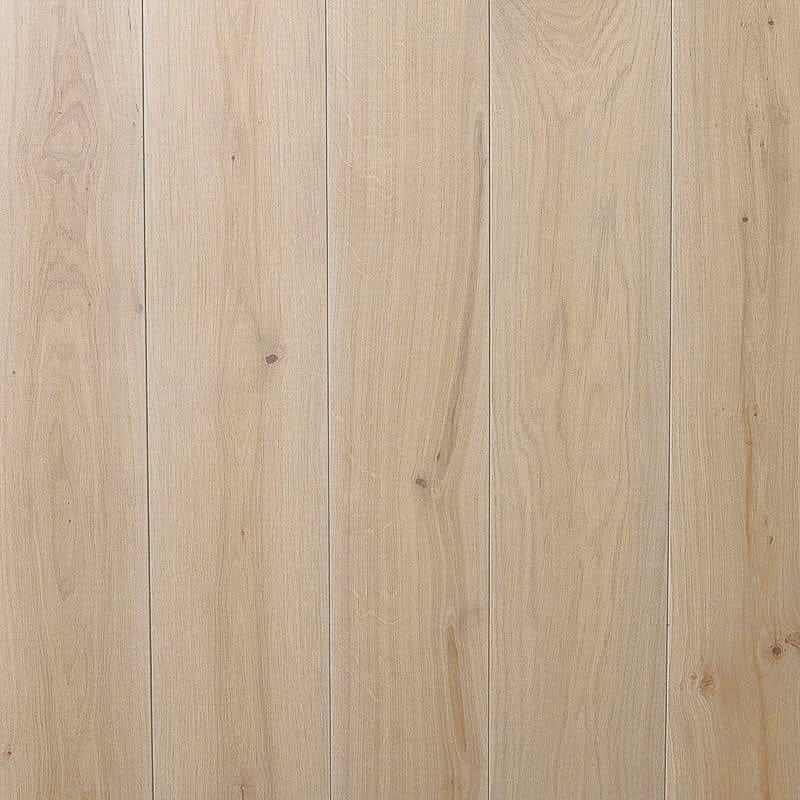 Light Tan oak flooring finish from the Alabaster collection
