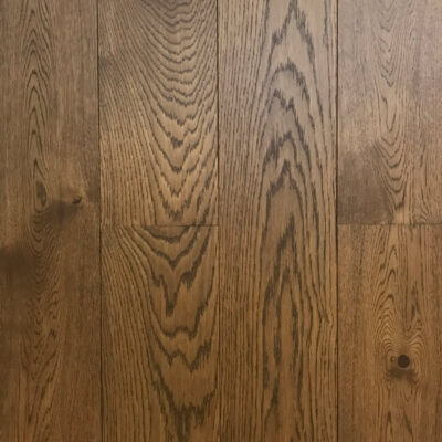dark finish on micro bevelled oak plank Flooring
