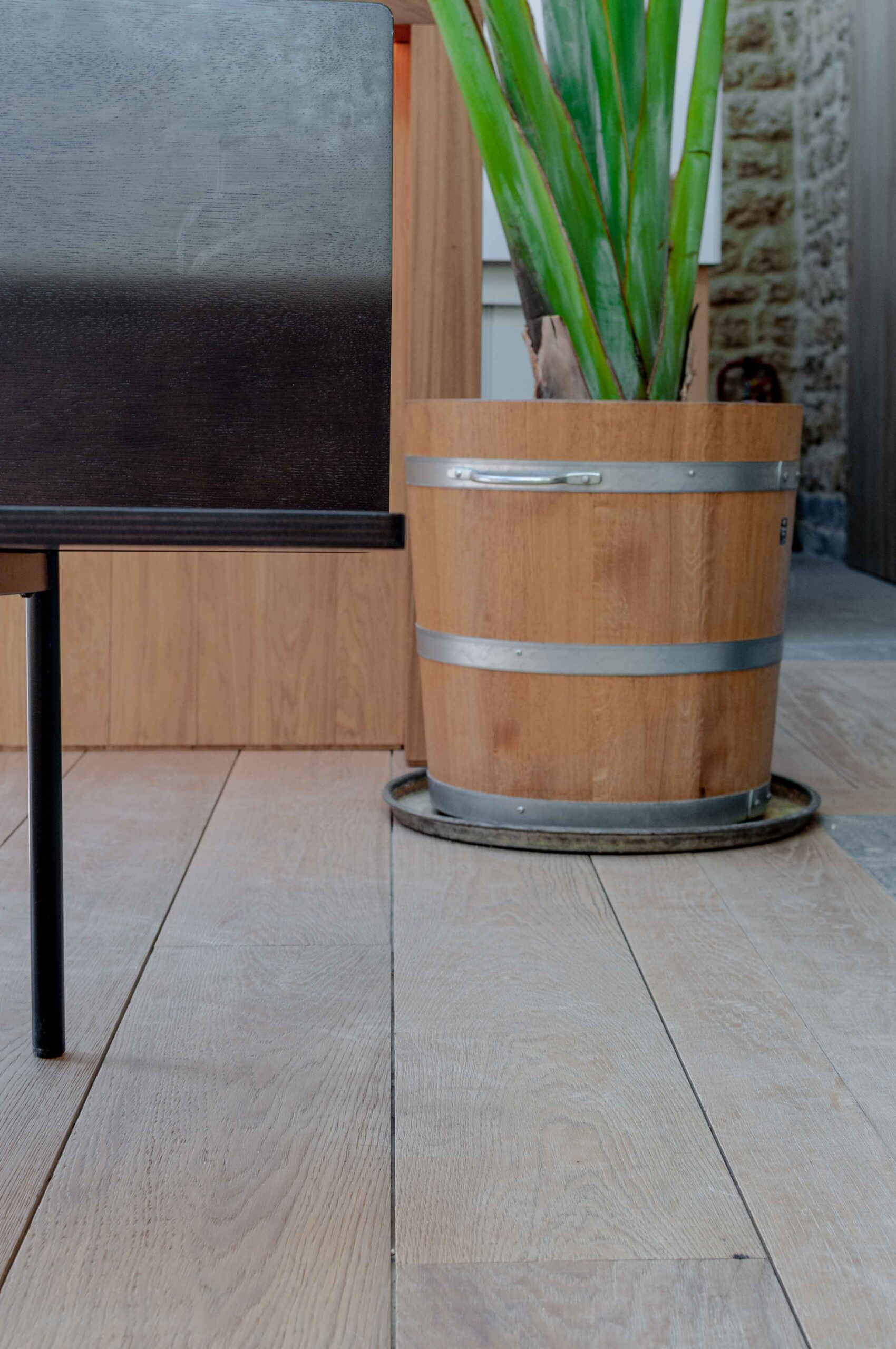 Invisible Lacquered Sawn and Brushed Wood Flooring In A Spa